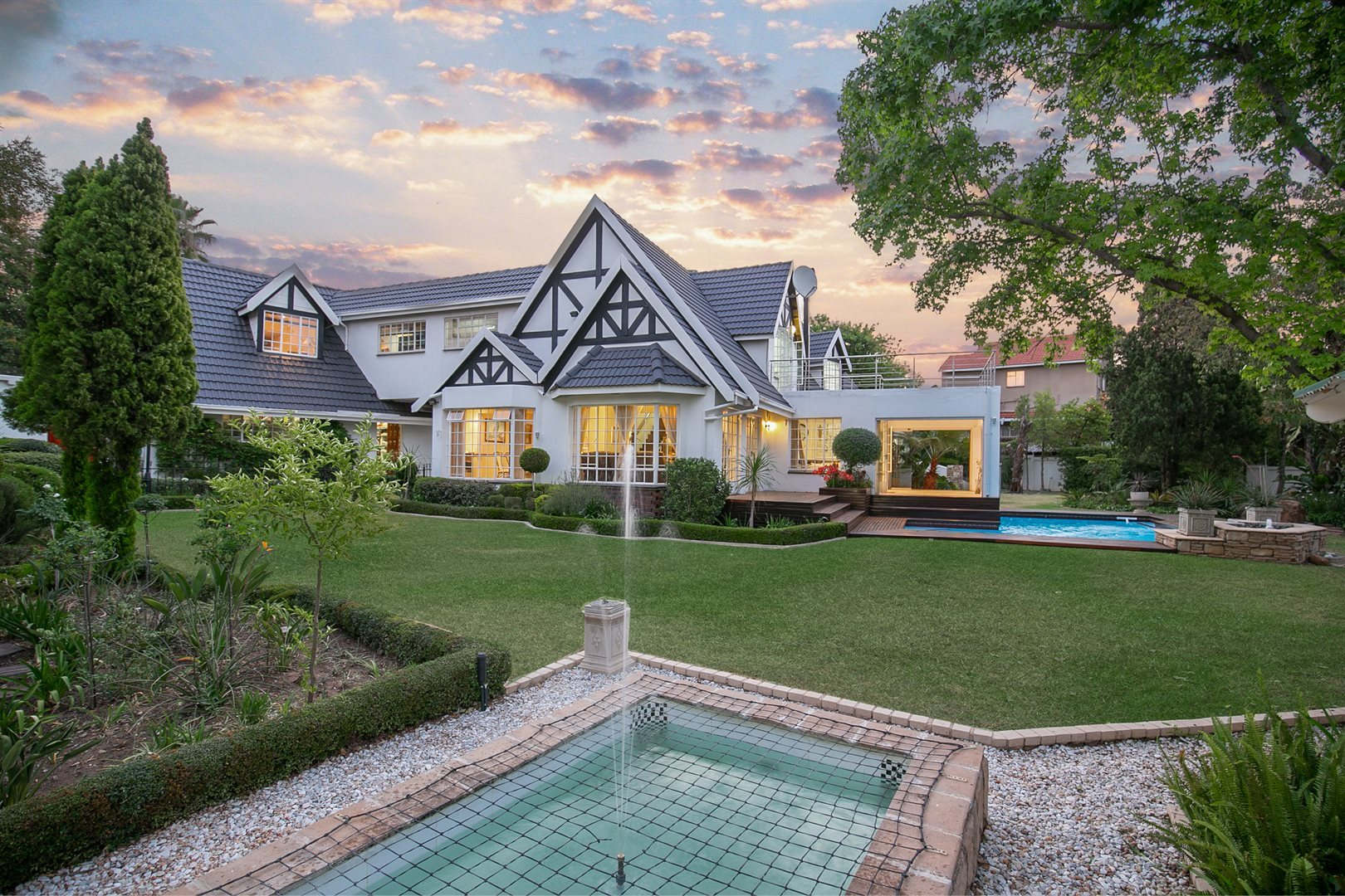 Sandton, Lonehill Property  | Houses For Sale Lonehill, Lonehill, House 5 bedrooms property for sale Price:4,495,000