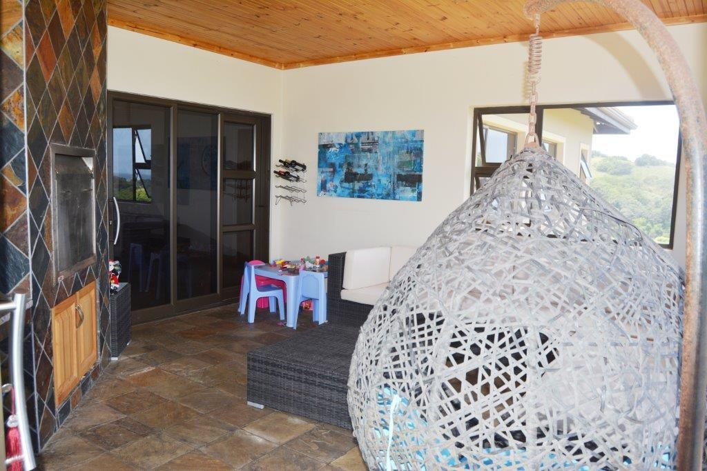 Shelly Beach property for sale. Ref No: 13284586. Picture no 20