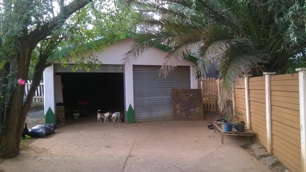 Sonland Park property for sale. Ref No: 12788308. Picture no 22