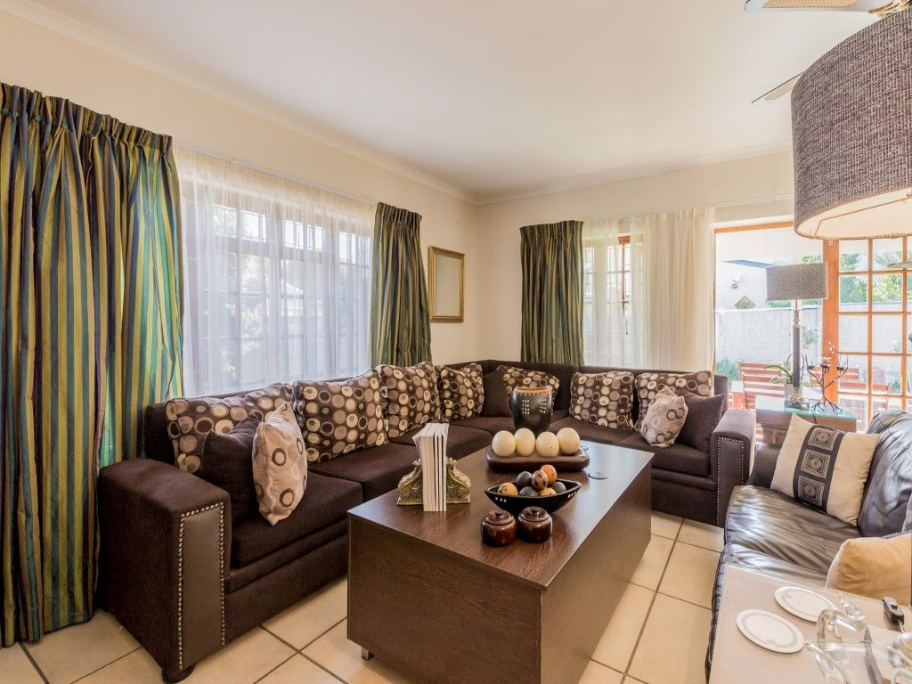 Franschhoek property for sale. Ref No: 13353946. Picture no 8