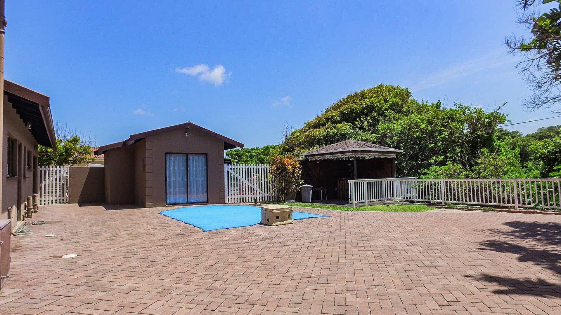 Pennington property for sale. Ref No: 13584849. Picture no 16