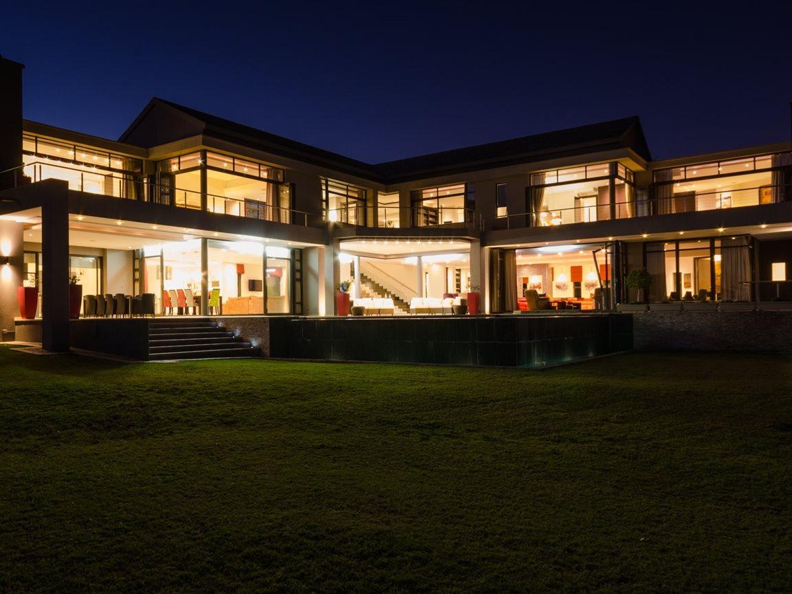 Saddlebrook Estate property for sale. Ref No: 13366494. Picture no 44