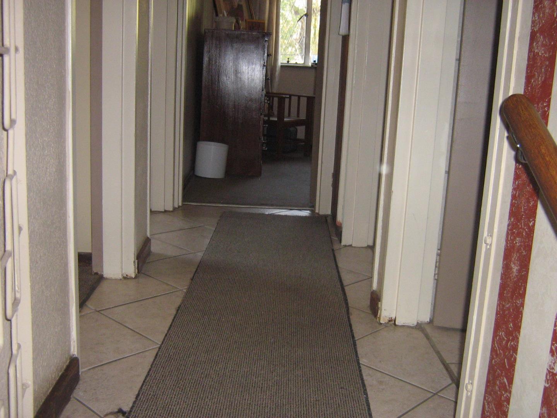 Mondeor property for sale. Ref No: 13525767. Picture no 12