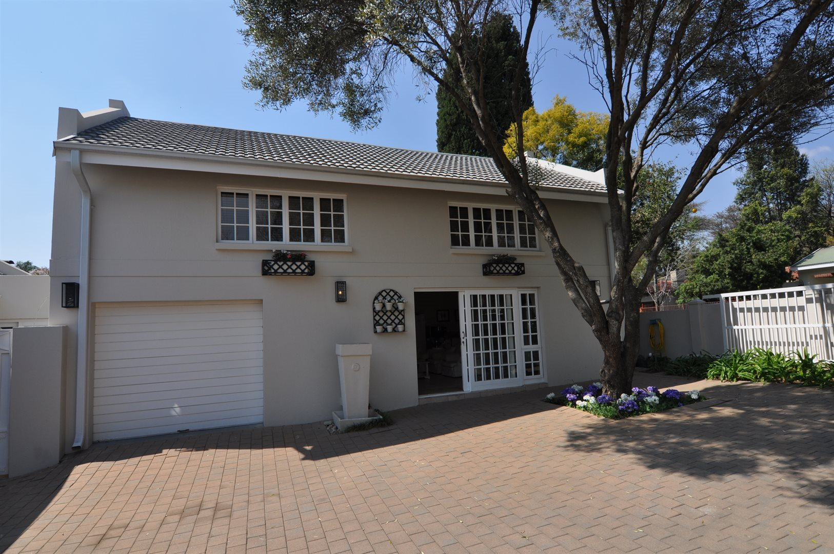 Sandton, Fourways Gardens Property  | Houses To Rent Fourways Gardens, Fourways Gardens, Apartment 1 bedrooms property to rent Price:, 12,00*
