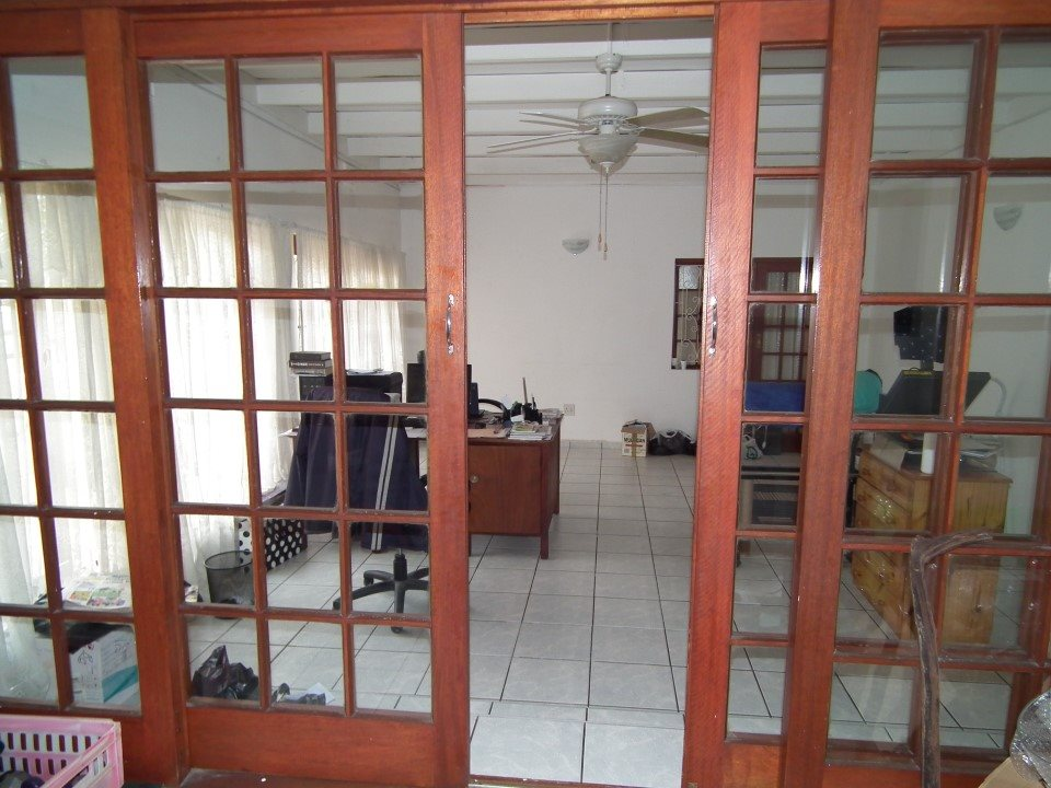 Uvongo property for sale. Ref No: 13394823. Picture no 7