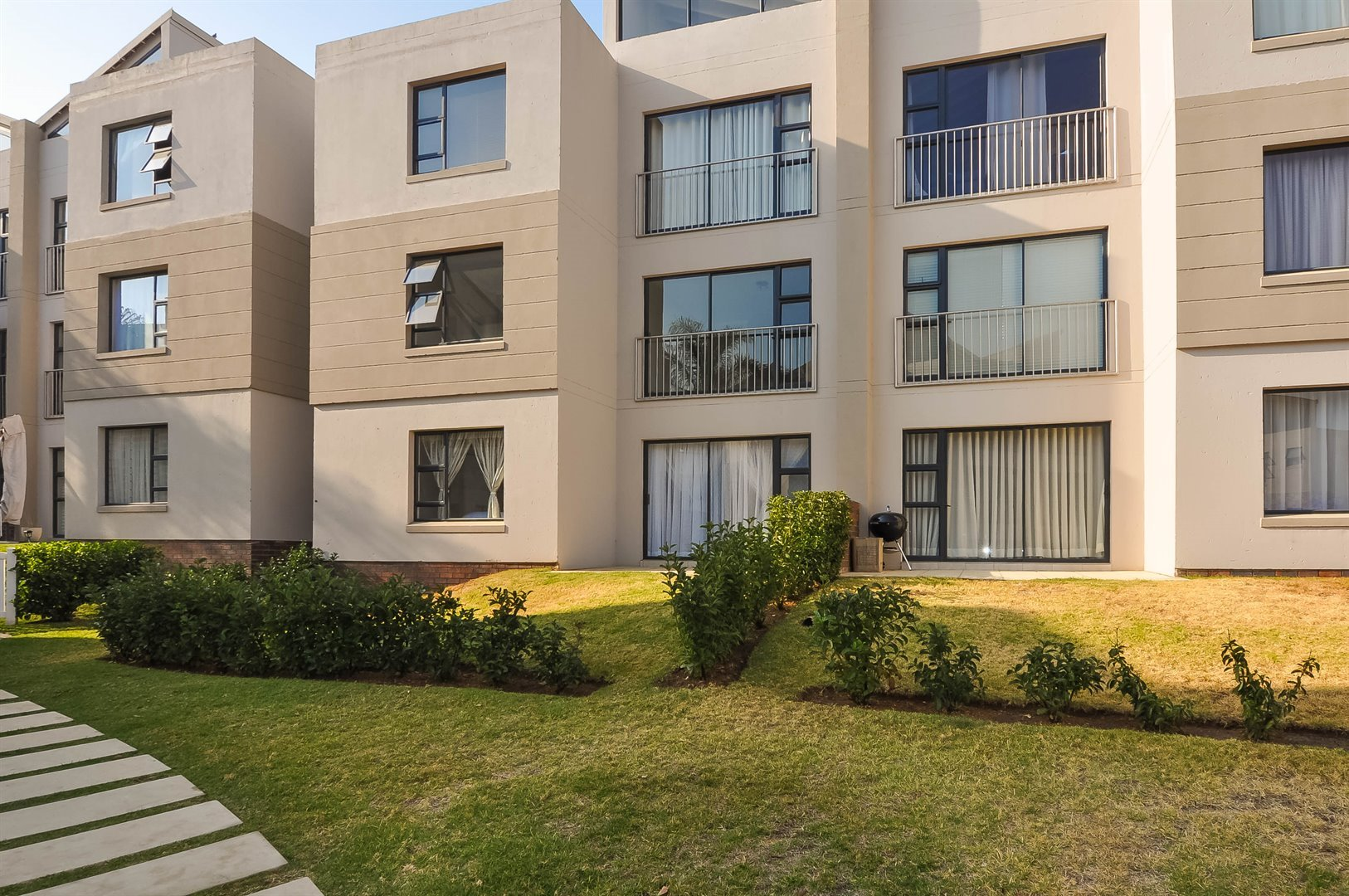 Sandton, Beverley Property  | Houses To Rent Beverley, Beverley, Apartment 3 bedrooms property to rent Price:,  9,00*