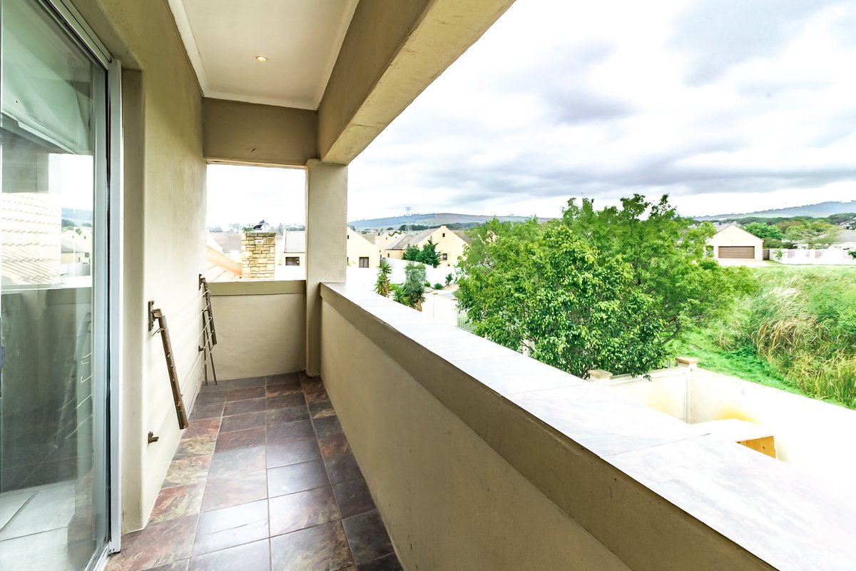 Eikenbosch property for sale. Ref No: 13681621. Picture no 11