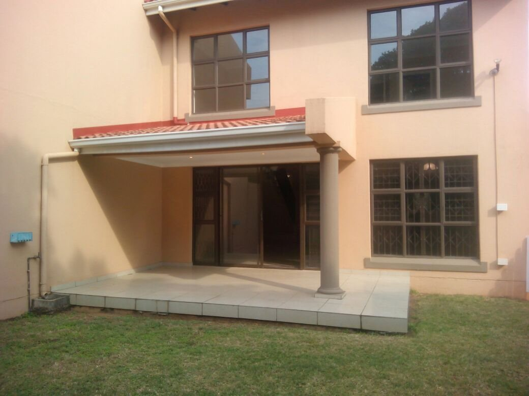 Property and Houses to rent in Freeland Park, Townhouse, 3 Bedrooms - ZAR ,  7,00*,M