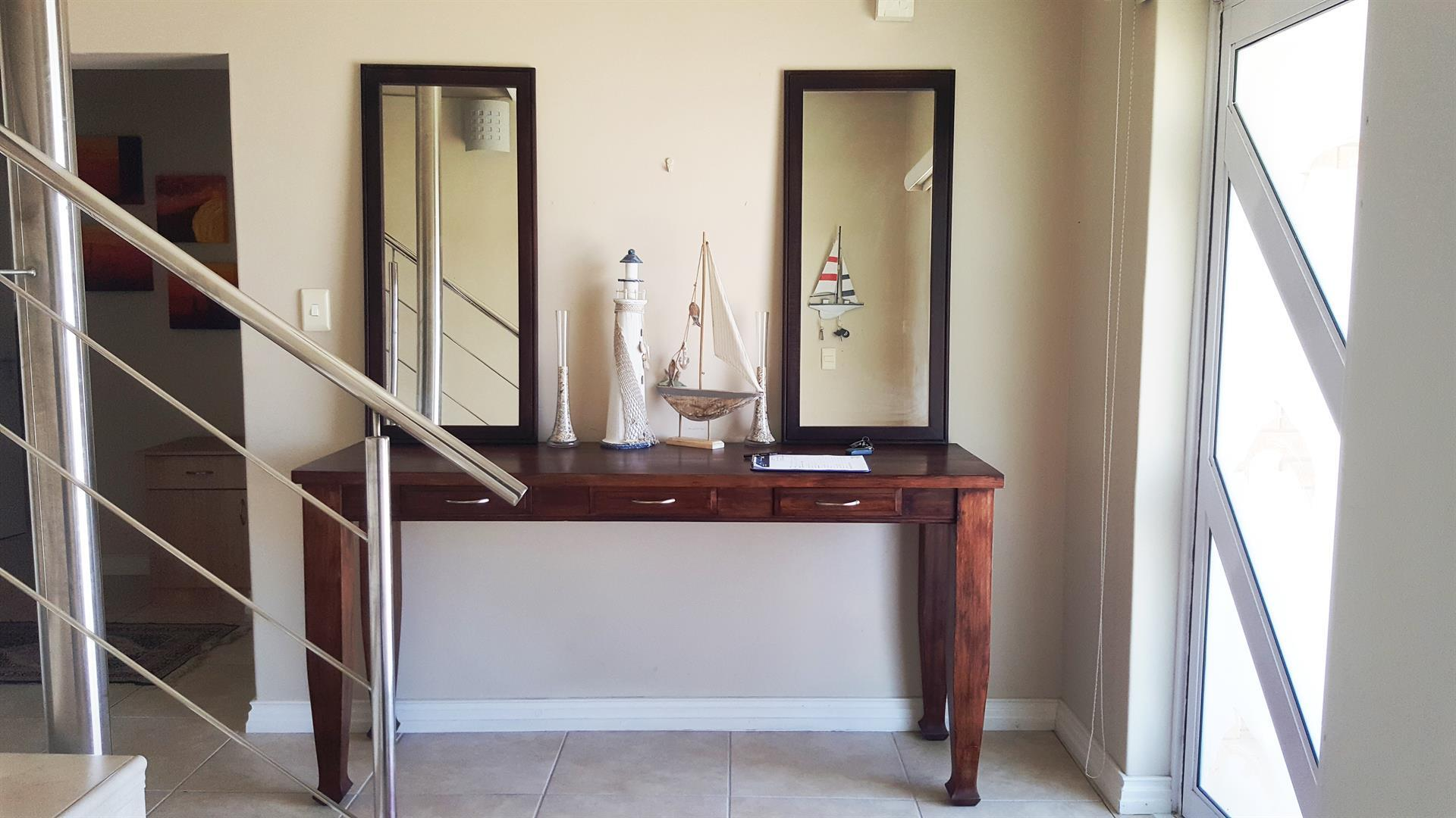 Yzerfontein property for sale. Ref No: 13442497. Picture no 4