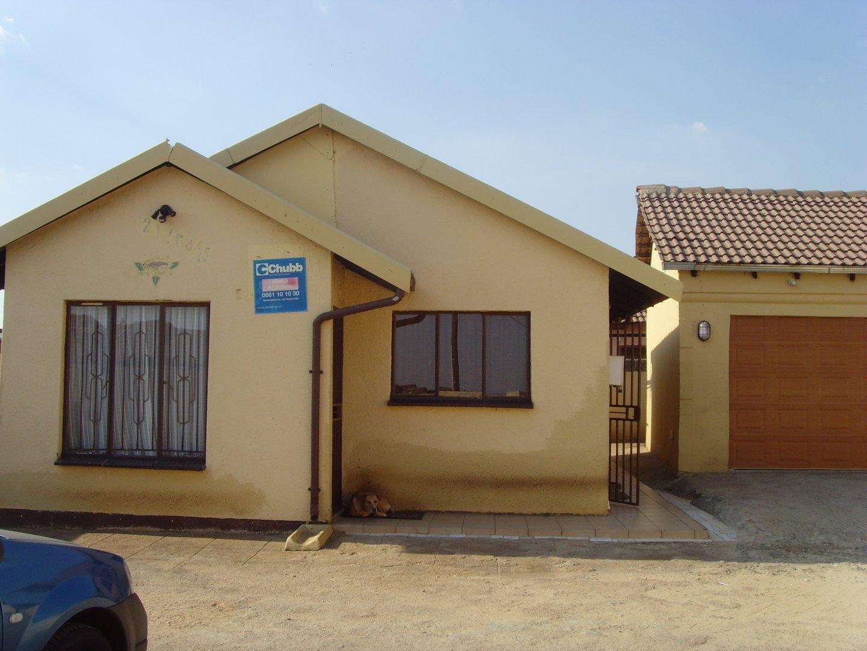 Property Vosloorus : Houses For Sale Vosloorus (All), Vosloorus Ext 6, House 3 bedrooms property for sale Price:580,000
