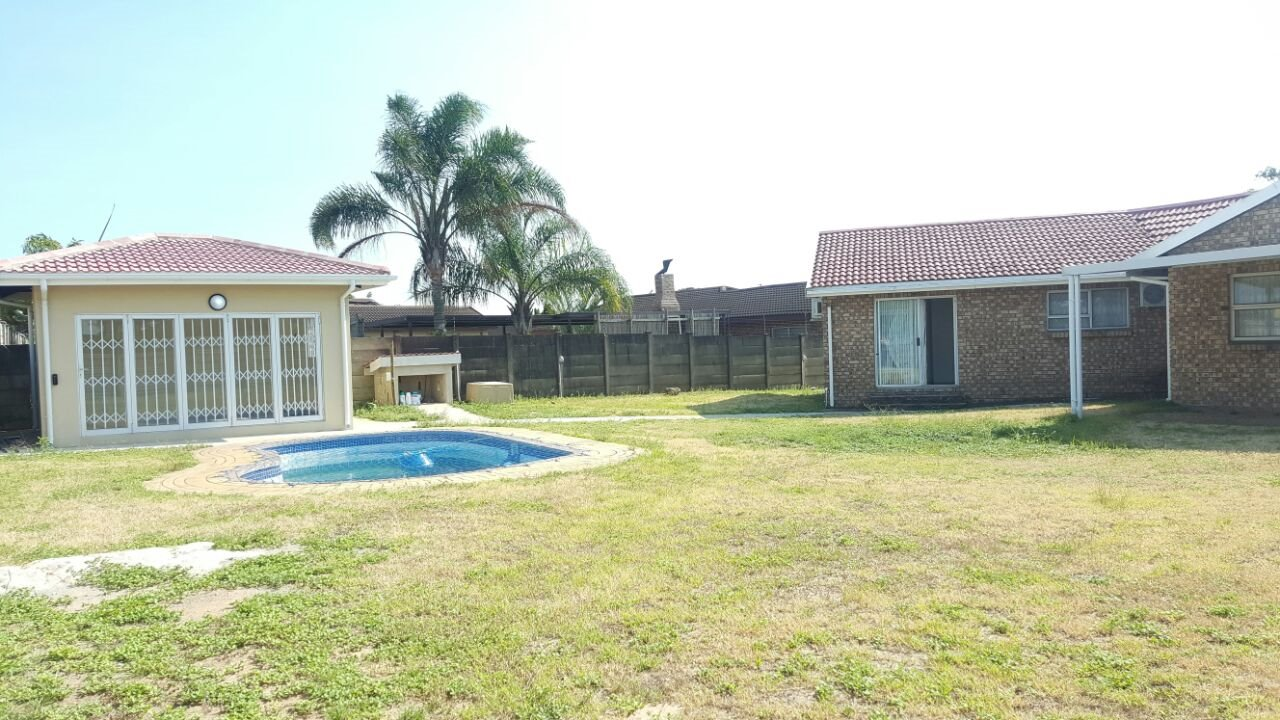 Birdswood property to rent. Ref No: 13429792. Picture no 7
