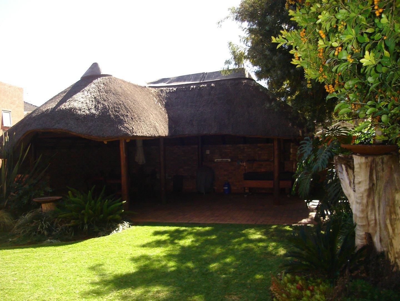 Eldoraigne property for sale. Ref No: 13494397. Picture no 37