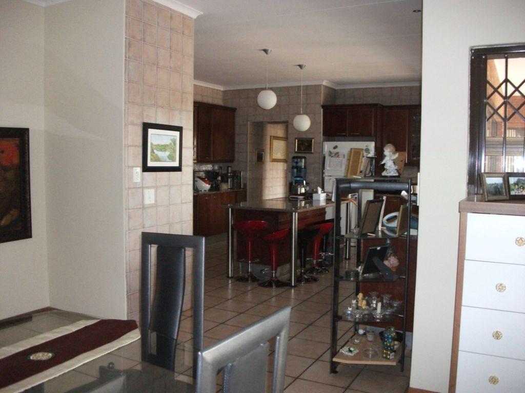 Irene Glen Estate property for sale. Ref No: 12758786. Picture no 14
