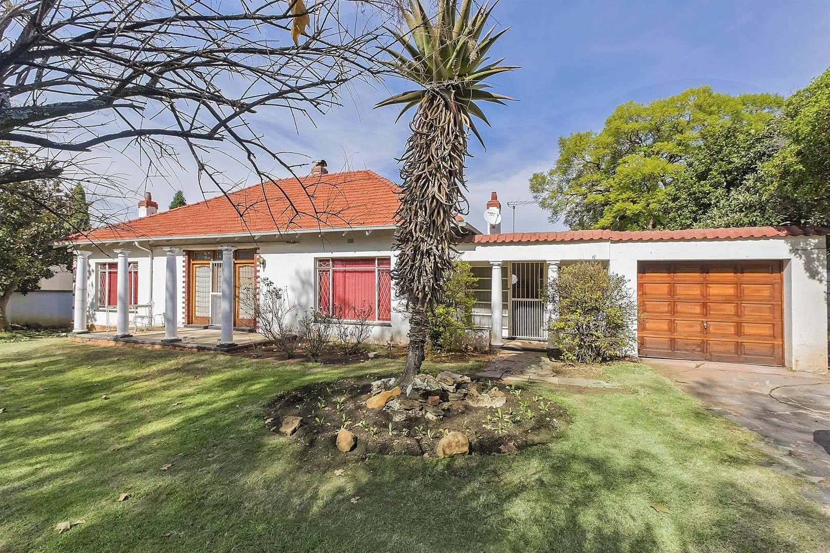 Johannesburg, Saxonwold Property  | Houses For Sale Saxonwold, Saxonwold, House 3 bedrooms property for sale Price:4,590,000
