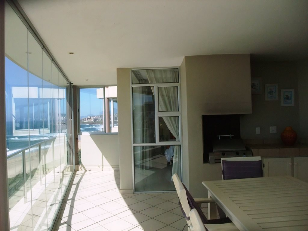 Margate property for sale. Ref No: 12775383. Picture no 7