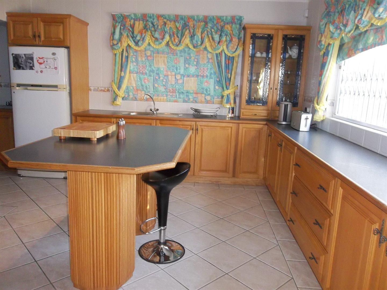 Widenham property for sale. Ref No: 13473788. Picture no 18