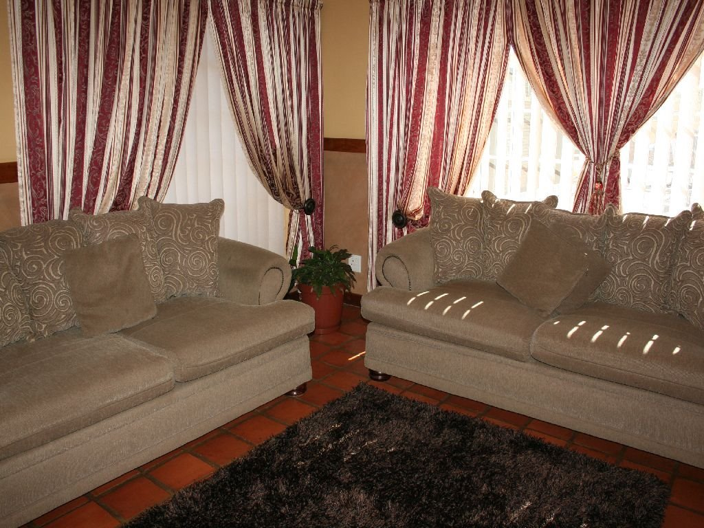 Eike Park property for sale. Ref No: 13488279. Picture no 5