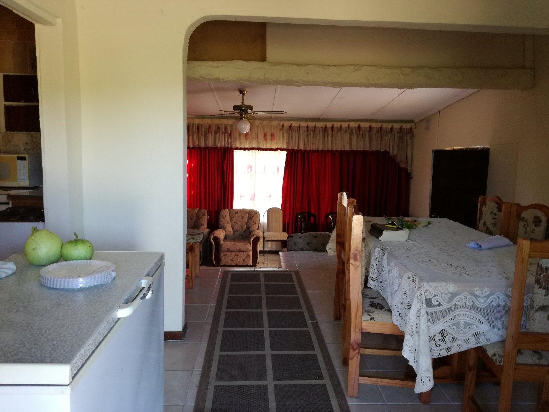 Craigieburn property for sale. Ref No: 13617032. Picture no 16