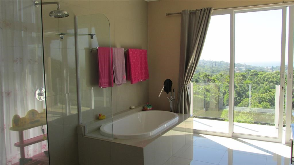 Southbroom property for sale. Ref No: 12734582. Picture no 21