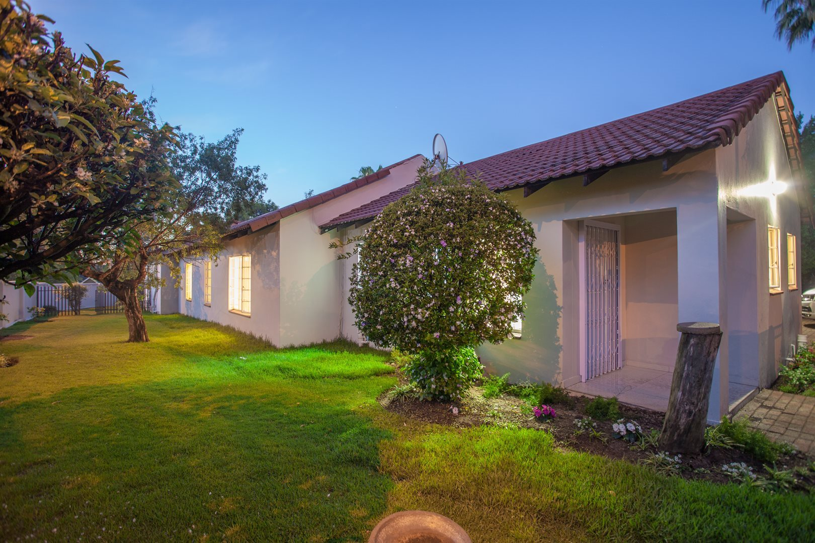 Fourways property for sale. Ref No: 13541531. Picture no 14