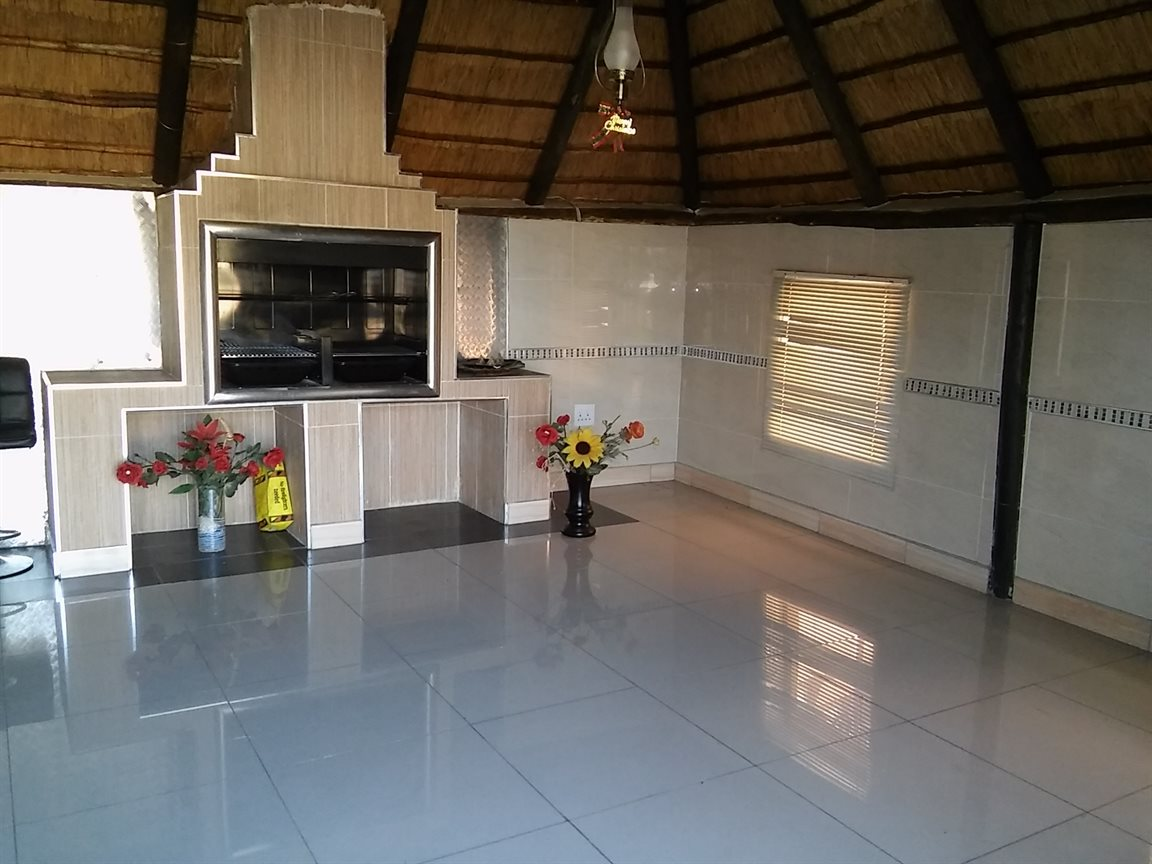 Vanderbijlpark Sw5 for sale property. Ref No: 13530752. Picture no 5