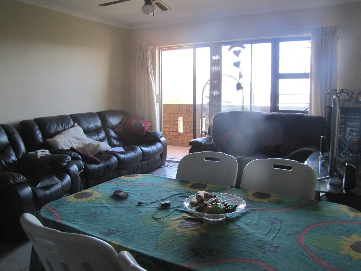 Amanzimtoti property for sale. Ref No: 13377010. Picture no 15