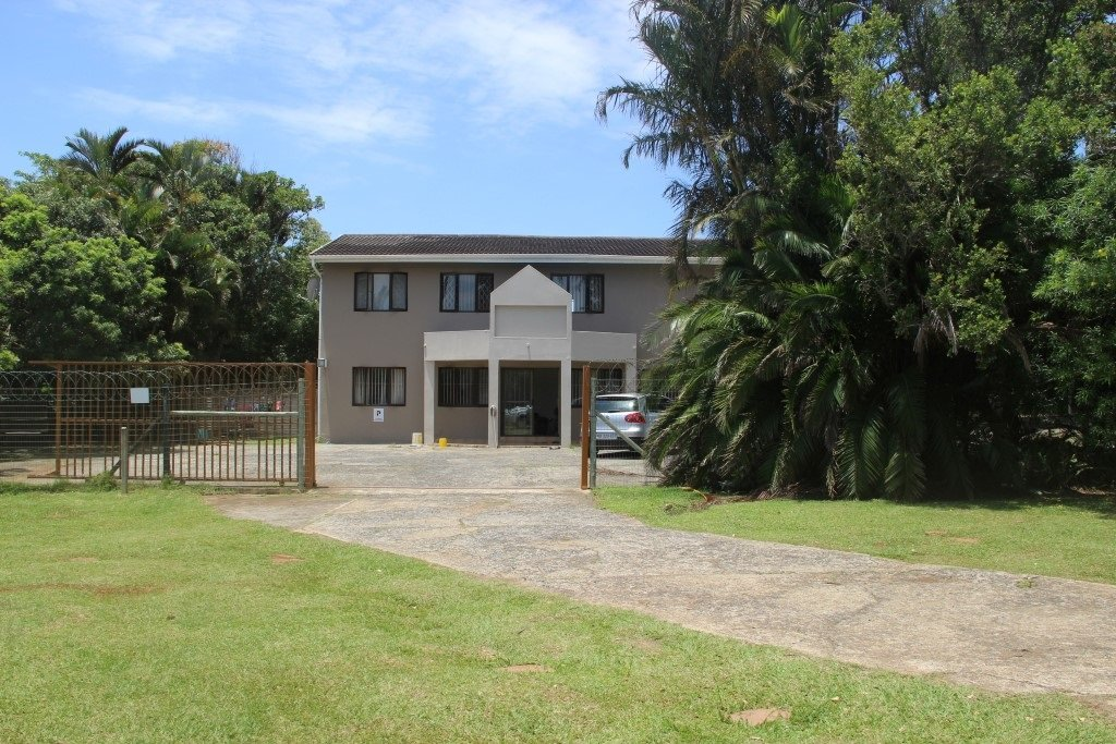 Property and Houses for sale in Uvongo, Commercial, 29 Bedrooms - ZAR 10,350,000