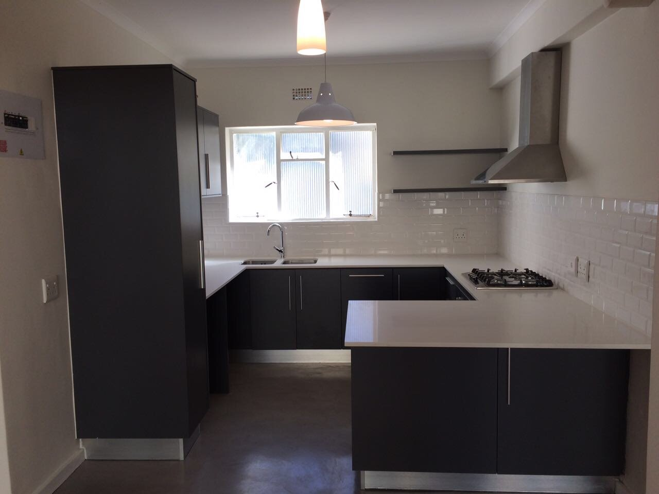 Rondebosch property to rent. Ref No: 13506199. Picture no 3