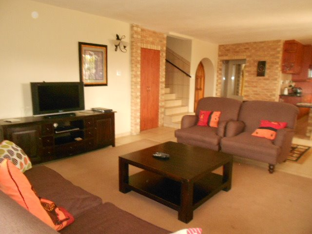 Astra Park property to rent. Ref No: 13523728. Picture no 14