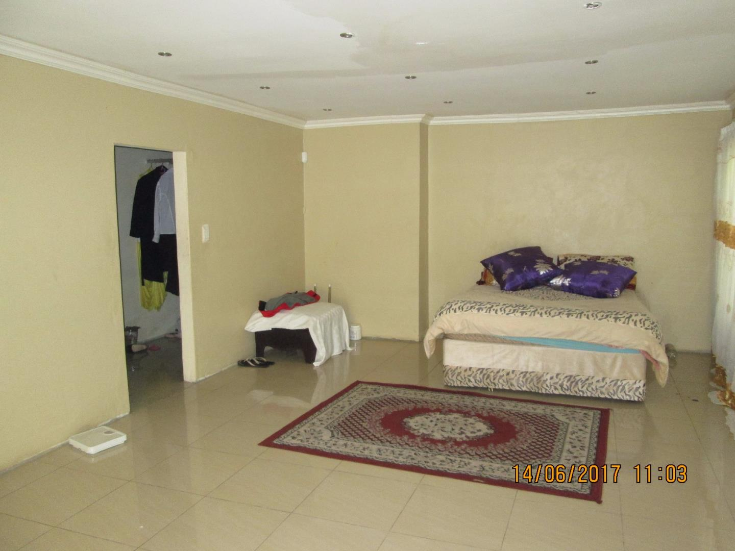 Mondeor property for sale. Ref No: 13526240. Picture no 7
