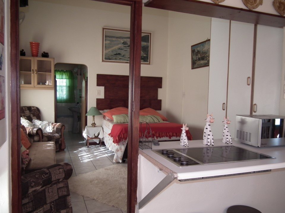 Margate property for sale. Ref No: 13362462. Picture no 4