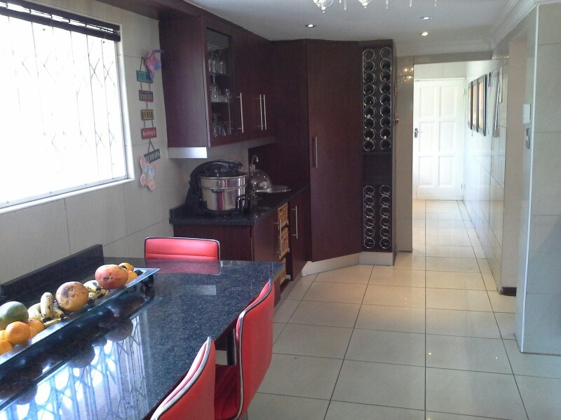 Three Rivers Proper property for sale. Ref No: 13368904. Picture no 15