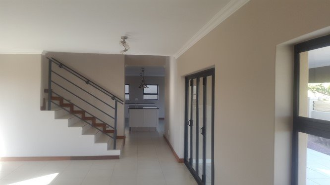 Copperleaf Estate property for sale. Ref No: 13327944. Picture no 5