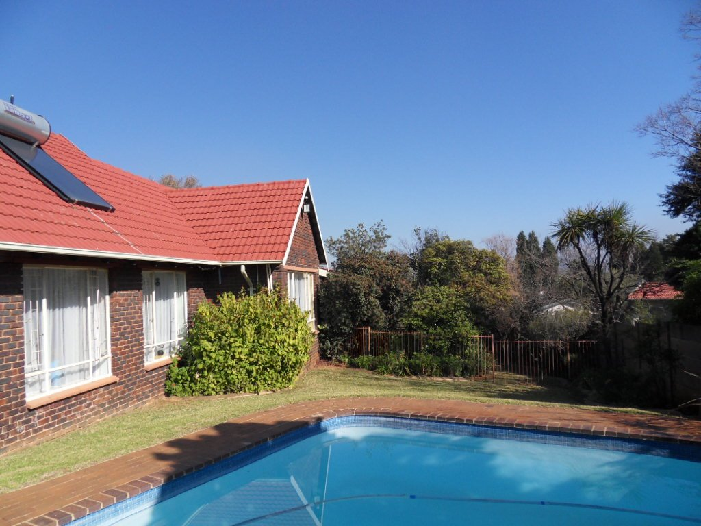 Johannesburg, Mulbarton Property  | Houses For Sale Mulbarton, Mulbarton, House 4 bedrooms property for sale Price:1,698,000