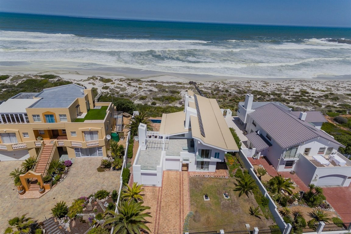 Yzerfontein property for sale. Ref No: 13437276. Picture no 3