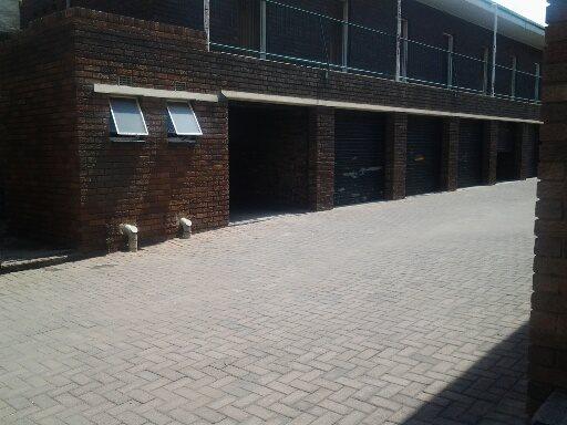 Vereeniging property for sale. Ref No: 12765246. Picture no 8