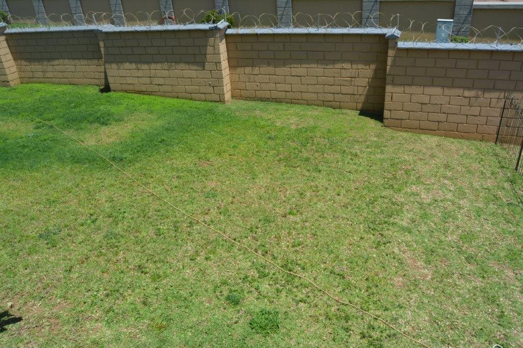 Shelly Beach property for sale. Ref No: 13555178. Picture no 2
