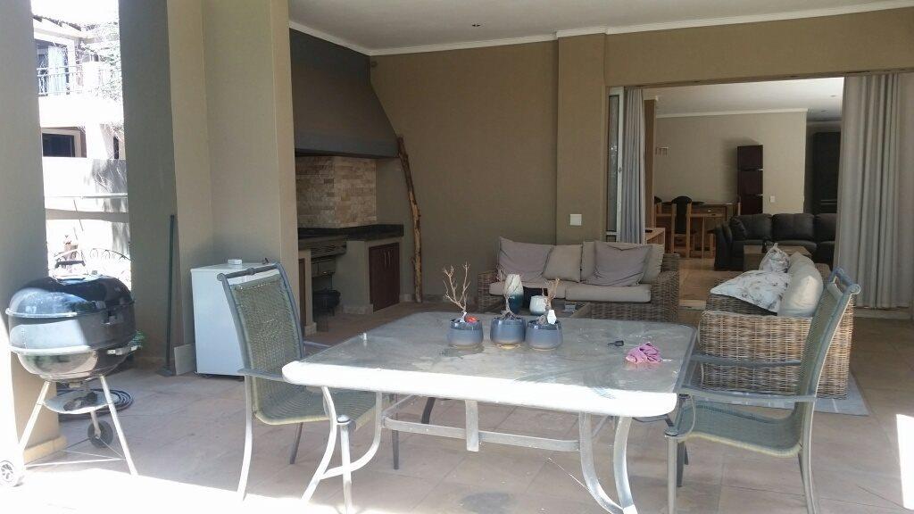 Midstream Estate property for sale. Ref No: 13589581. Picture no 3