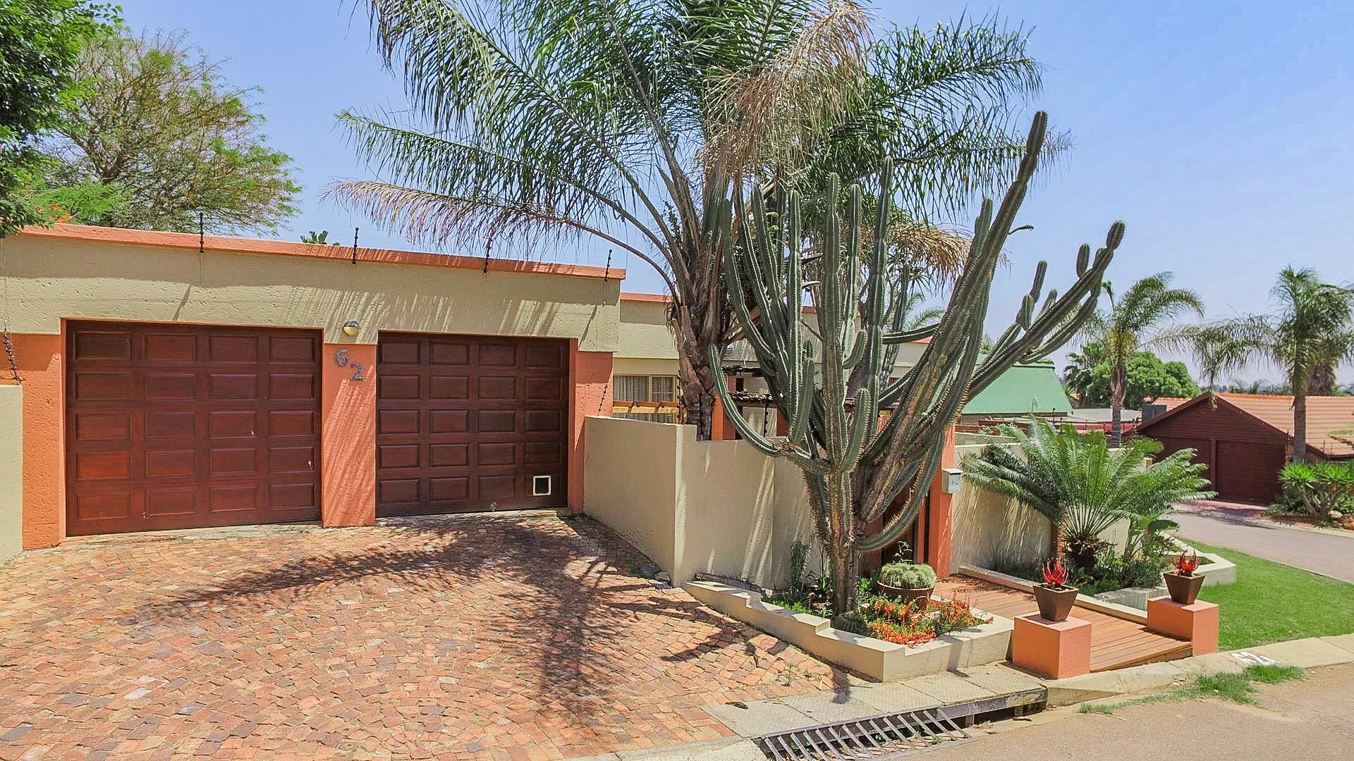 Highveld property for sale. Ref No: 13541901. Picture no 10