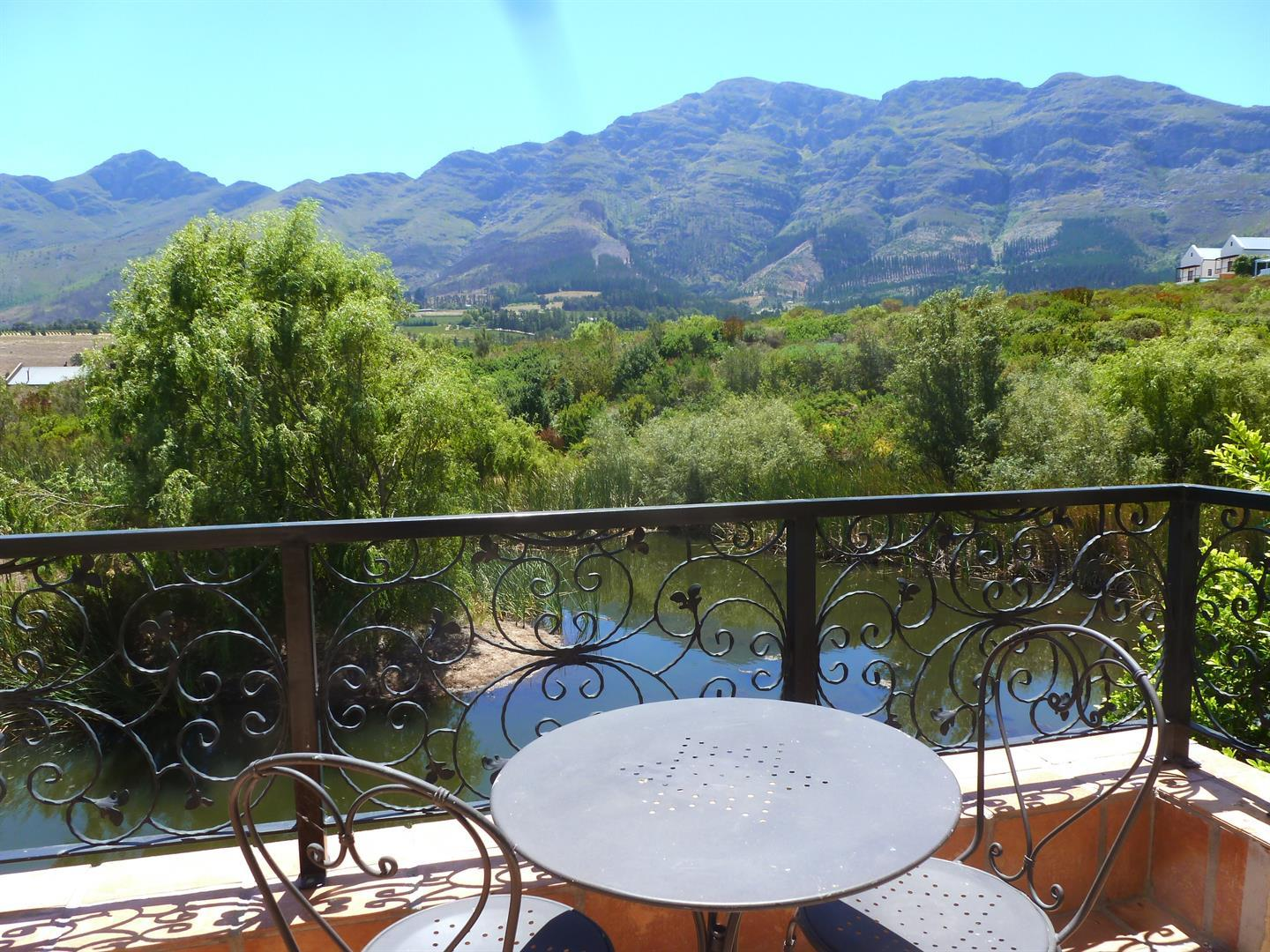 Franschhoek property for sale. Ref No: 13339232. Picture no 4