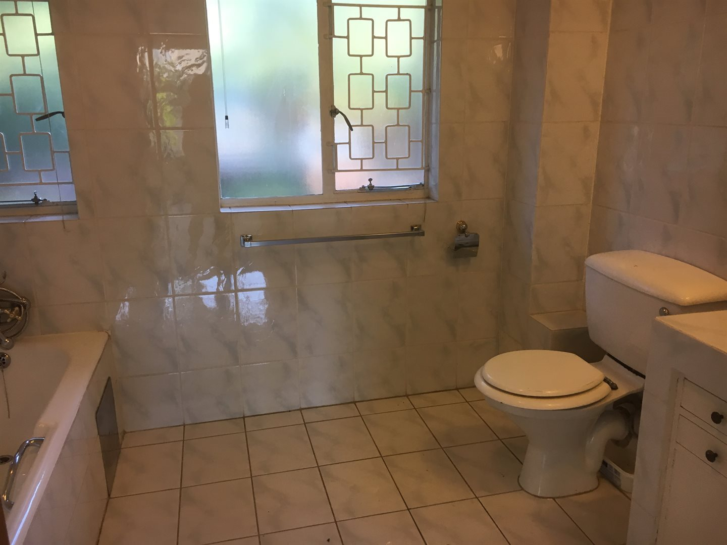 Forest Town property to rent. Ref No: 13613933. Picture no 8