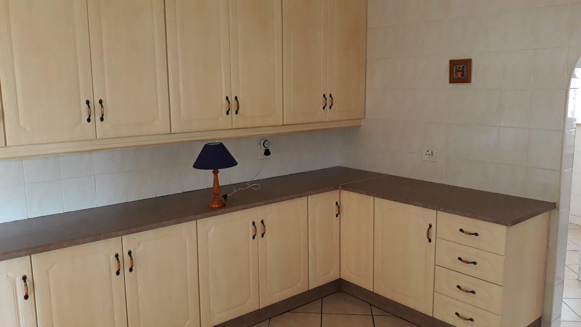 Culemborg Park property for sale. Ref No: 13622966. Picture no 10