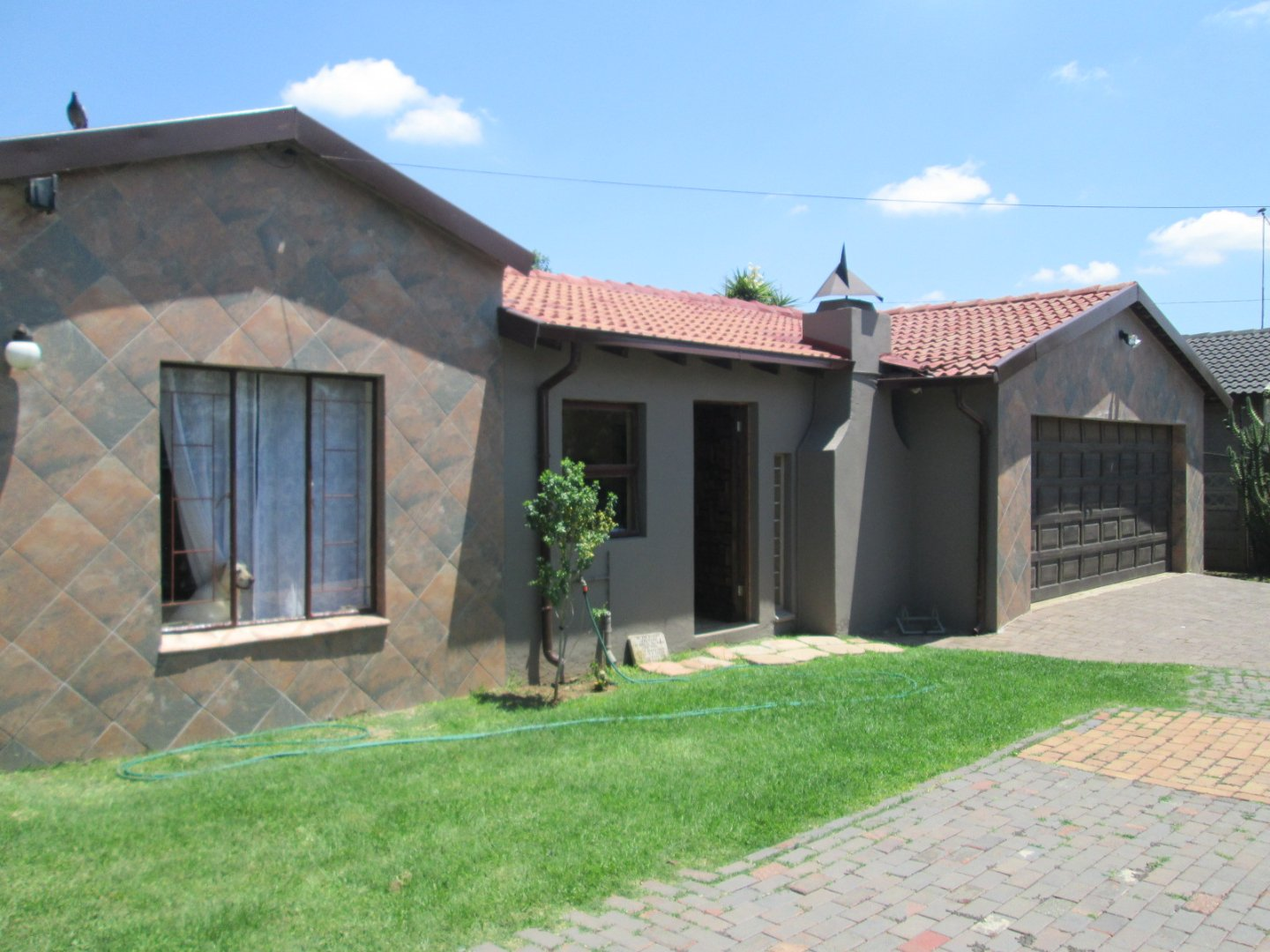 Property and Houses for sale in Mayberry Park, House, 3 Bedrooms - ZAR 1,290,000