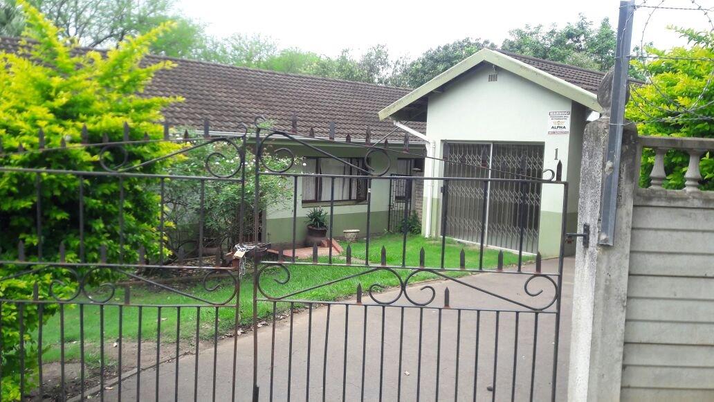 Kildare property for sale. Ref No: 13411940. Picture no 5