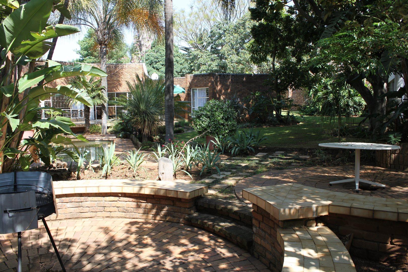 Waterkloof Ridge property to rent. Ref No: 13539553. Picture no 33