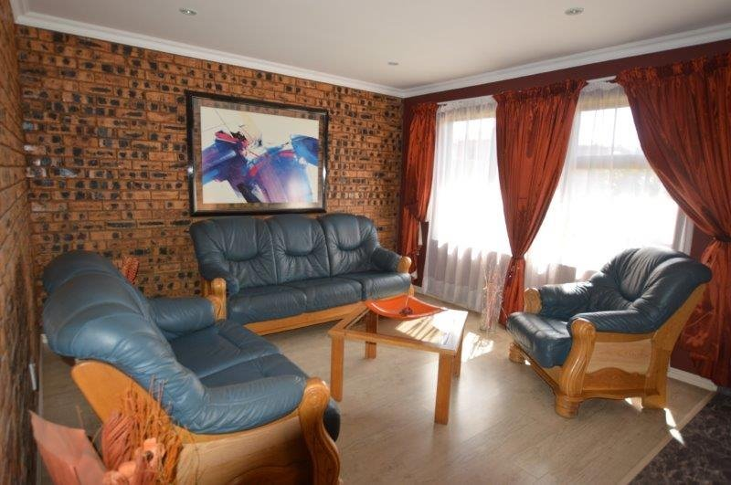 Vanderbijlpark Se8 property for sale. Ref No: 13508216. Picture no 5