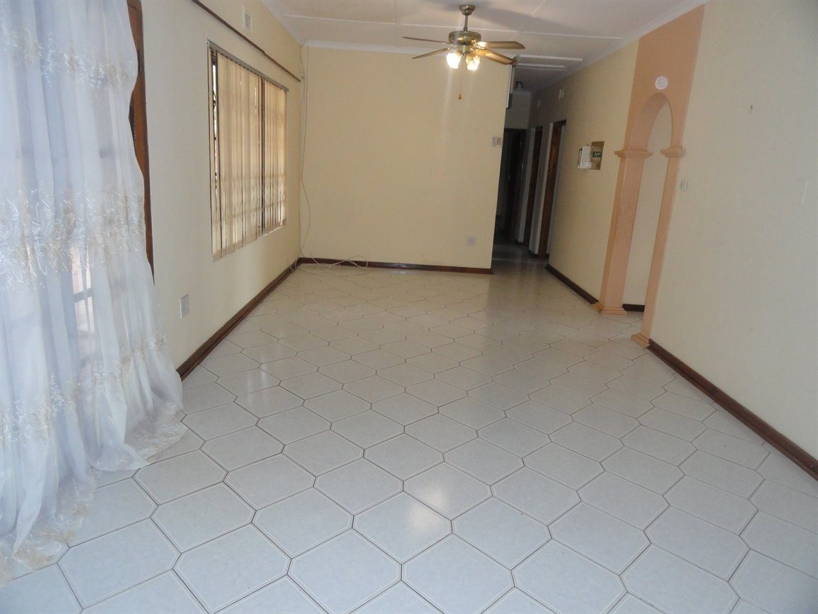 Inyala Park property for sale. Ref No: 13490181. Picture no 4