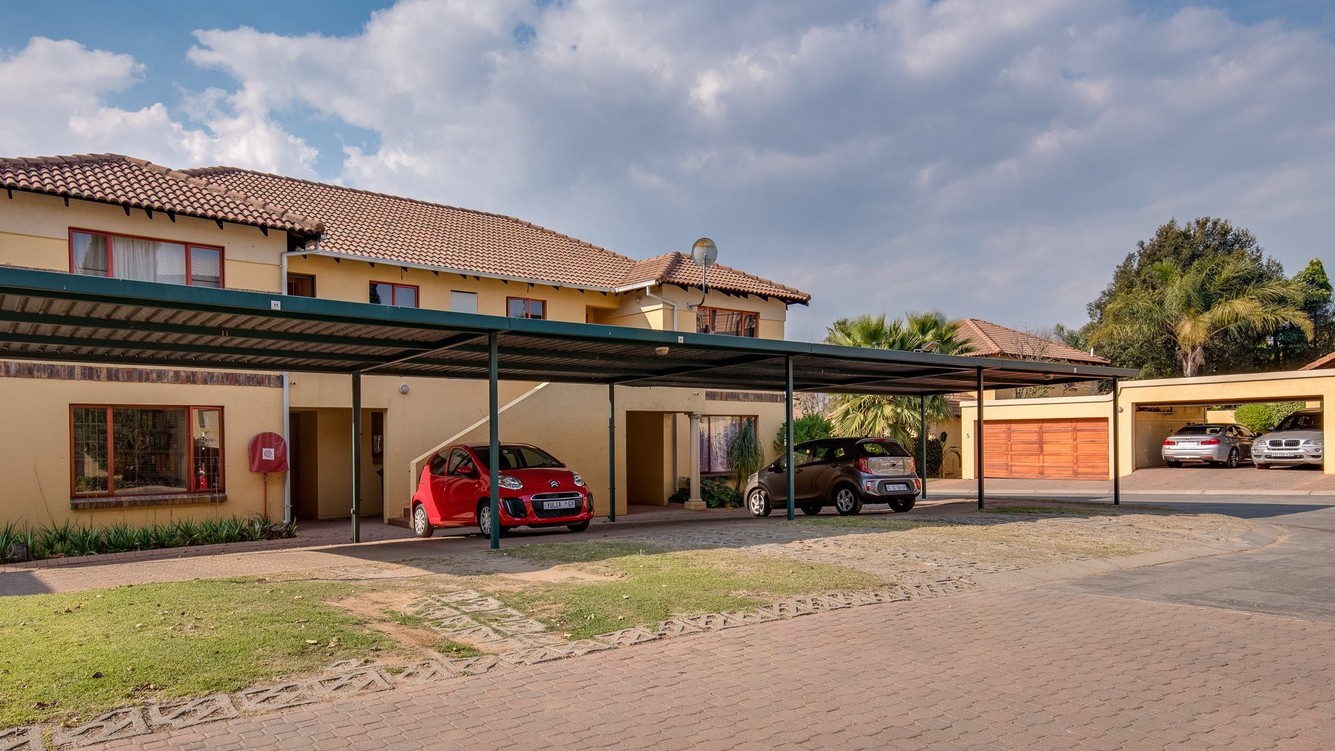 Sandton, Lonehill Property    Houses For Sale Lonehill - Page 3, Lonehill, Apartment 2 bedrooms property for sale Price:1,395,000