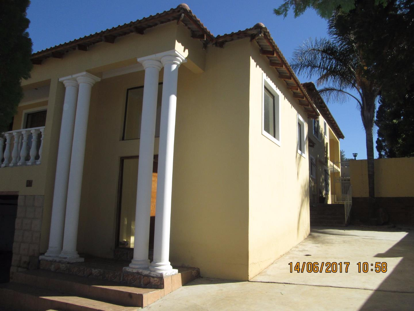 Mondeor property for sale. Ref No: 13526240. Picture no 13