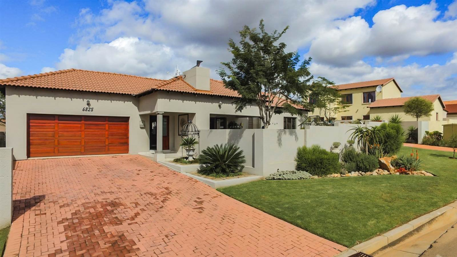 Centurion, Thatchfield Estate Property  | Houses For Sale Thatchfield Estate, Thatchfield Estate, House 3 bedrooms property for sale Price:1,850,000